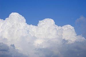 Beauty In Nature ; Blue Sky ; Cloud ; Cloud Storag