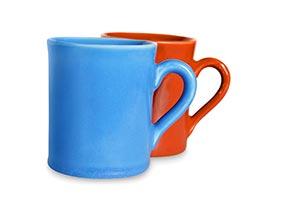 Arranging ; Blue ; Brown ; Close-Up ; Color Image