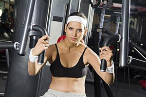 Woman Body Building Heavy Weight Machine Exercise