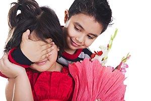 boy Surprise flowers little couple kids love valen