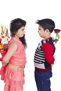 Children love Couple Flower surprise Bouquet Flowe
