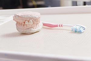 Brush ; Clinic ; Close-Up ; Color Image ; Dentist