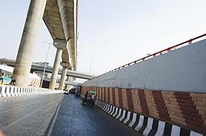 Architecture ; Bridge ; Buildings ; City Life ; Co
