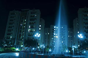 Water Fountain Modern Apartment Buildings City