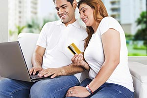 Couple Credit Card Online Shopping