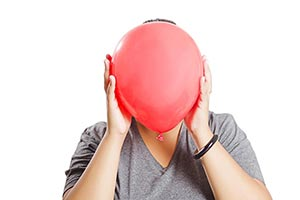 1 Person Only ; Adult Woman ; Anxiety ; Balloon ;