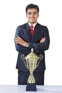 1 Person Only ; 25-30 Years ; Achievement ; Adult