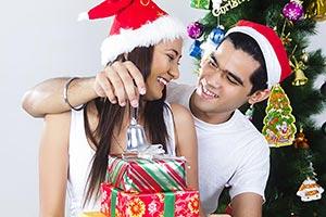 2 Couple Gift Box Christmas Celebration Ringing Be