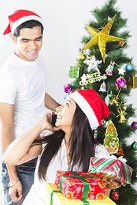 2 Couple Woman Talking Phone And Boyfriend Decorat