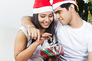 Happy 2 Young Couple Christmas Celebrating Open Pr