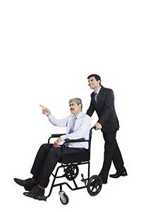 2 People ; 25-30 years ; 50-60 Years ; Adult Man ;
