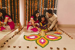 Parents Daughter Decorating Rangoli Diwali