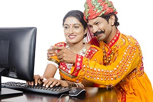 Gujrati Couple Computer E-Learning