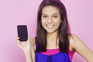 Teenage Girl Mobile Showing