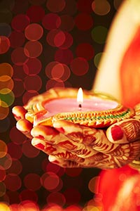 Indian Bride Diwali Festival Diya Worship