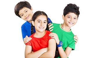 3-5 People ; Arms Crossed ; Bonding ; Boys ; Caref