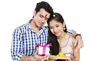 Raksha Bandhan Gift Celebrations