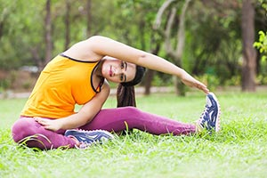 Fit Women Stretching Park