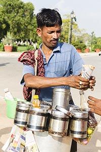 2 People ; 30-40 Years ; Adult Man ; Bhelpuri ; Ca