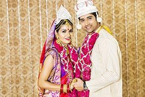 Bengali Couple Wedding Promise