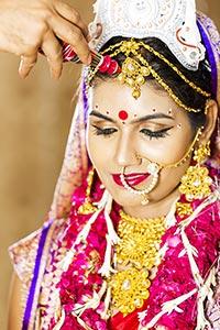 Bengali Couple Wedding Sindoor
