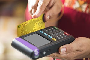 Credit Card Reader Bill Service Shopkeeper Selling
