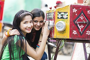 Teenager Girls Fair Surajkund Watching Bioscope