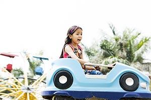 1 Person Only ; Amusement Park ; Car ; Casual Clot