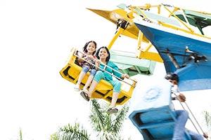 Mother Daughter Amusement Park Fair Enjoy Ride