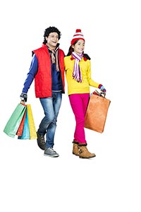 Young Couple Winter Clothe Shopping Bags Walking