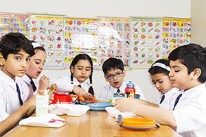 Boys ; Classmate ; Classroom ; Color Image ; Creat