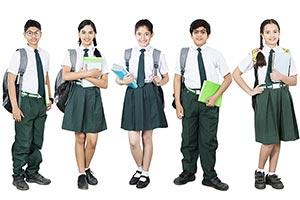 3-5 People ; Bag ; Book ; Boys ; Carrying ; Classm