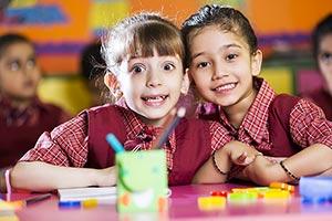 2 People ; Book ; Classmate ; Classroom ; Color Im