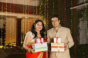 Indian Married Couples Gift s Diwali Celebrating