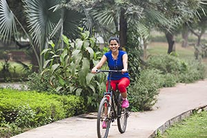 1 Person Only ; 20-25 Years ; Active ; Bicycle ; C