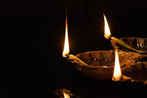 Arranging ; Black Background ; Burning ; Celebrati