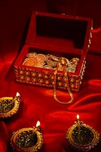 Abundance ; Banking and Finance ; Box ; Celebratio